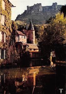 France Gorges du Tarn, Florac, Le Chateau et la Source du Pecher Castle