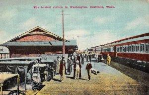 Centralia Washington Busy Railroad Station Vintage Postcard KK744