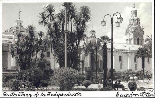 ecuador, QUITO, Plaza de la Independencia (1940s) RPPC