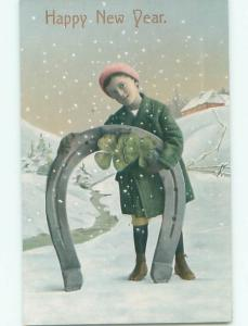 Divided-Back NEW YEAR SCENE Great Postcard W7577