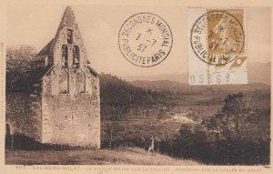 SALIES-DU-SALAT , France , 1937 ; La Vieille Eglise sur la Colline