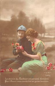 Le chemin du Bonheur est parseme d'ornieres military soldier uniform, romance