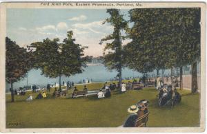 Maine - Portland - Ft. Allen Pk - Eastern Promenade - Folks