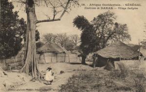 CPA Sénégal Afrique Fortier 336. Environs de Dakar - Village Indigéne (68050)