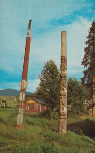 British Columbia Totem Pole Route Skeena Crossing Kitsequekla Indian Postcard