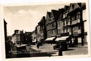 CPA LANNION - Vieille maison de la place du Centre (243686)