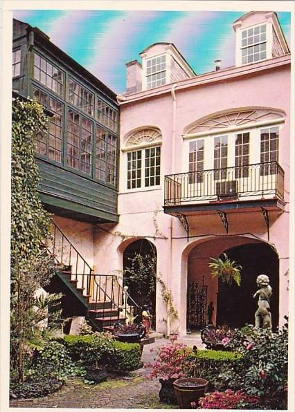 Louisiana New Orleans Courtyard Scene The Dicksons Place