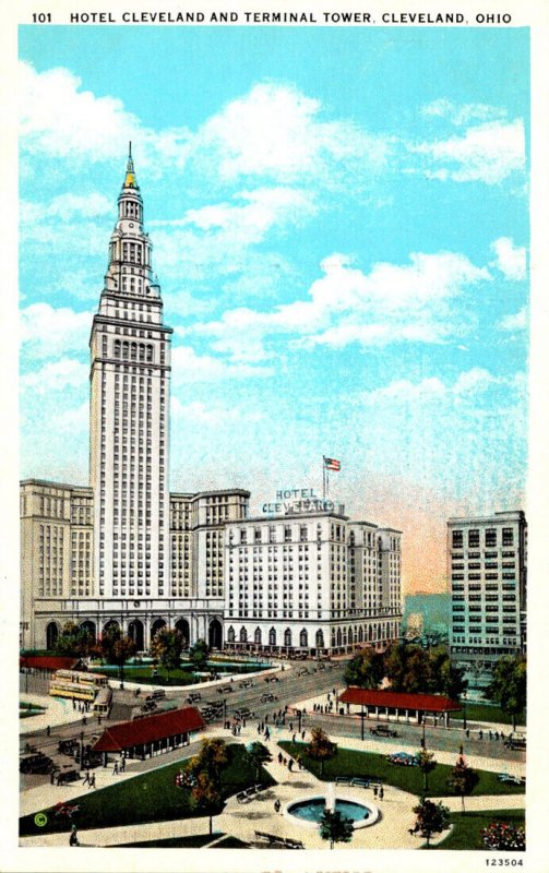 Ohio Cleveland Hotel Cleveland and Terminal Tower Curteich
