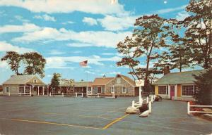 Jericho New York Milleridge Inn Street View Vintage Postcard K94567