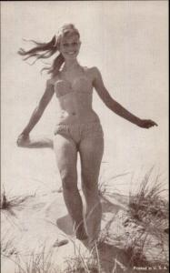 Bathing Beauty Sexy Pin Up Woman Arcade Mutoscope Card #19