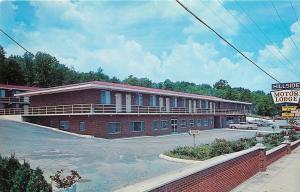 Cranston Rhode Island~Hillside Motor Lodge & Parking Lot 1965 Postcard