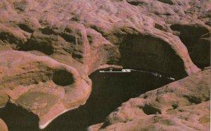 Glen Canyon Dam , Arizona , 1950-60s ; Rainbow Marina