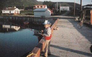 Pecheur En Herbe, en Gaspesie , Quebec , Canada , 60-80s  Boy Fishing