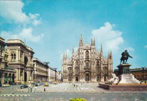 Italy Milano Piazzo Duomo