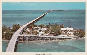 Seven Mile Bridge over Pigeon Key - towards Marathon FL, Florida