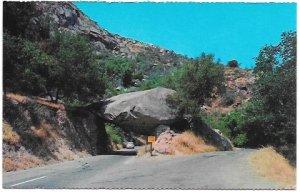 US California - Sequoia National Park, Tunnel Rock.  Unused.