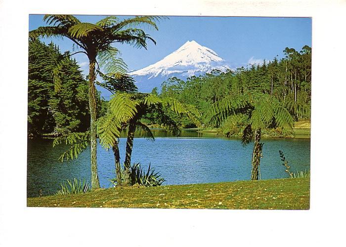 Lake Mangamahoe, Mount Egmont, New Plymouth, Taranaki, New Zealand,