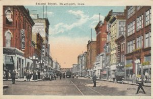 DAVENPORT , Iowa, 1920 ; Second Street