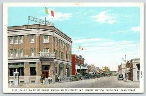 Ciudad Juarez Mexico~Main Street~Hotel Rio Bravo~Barber Shop~1920s Cars~Postcard