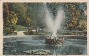 Fountain in Queen Victoria Park - Niagara Falls, Ontario, Canada - WB