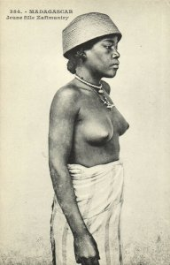 PC CPA ETHNIC NUDE FEMALE ZAFIMANIRY TYPE, MADAGASCAR Vintage Postcard (b5371)