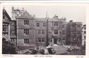 RP: MALVERN , England , 1930s ; Abbey Hotel