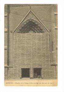 Porche De La Vierge Doree, Protege Par Des Sacs, En 1915, Amiens (Somme), Fra...