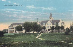 FARGO, North Dakota, 1900-10s; Fargo College