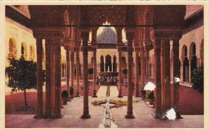 Spain Granada Alhambra Patio de los Leones