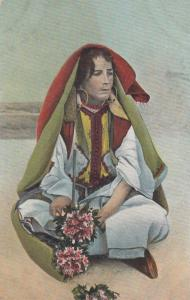 TANGER, Morocco, 00-10s; Vendedora de flores