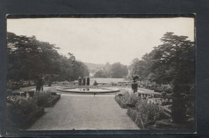 Warwickshire Postcard - The Gardens, Warwick Castle      T9459