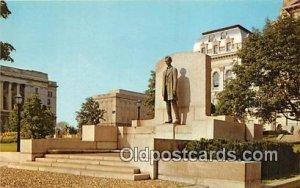 Abraham Lincoln Statue Springfield, IL, USA Unused