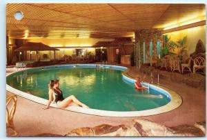 Hinckley Island Hotel 1990s Leicestershire Leisure Pool Complex 4x6 Postcard A49