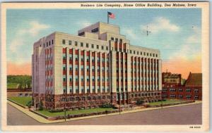Des Moines, Iowa Postcard Bankers Life Co., Home Office Building Linen 1945