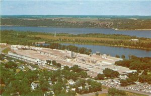 Anderson Corporation Bayport Minneapolis 1950s Factory Industry Postcard 6128