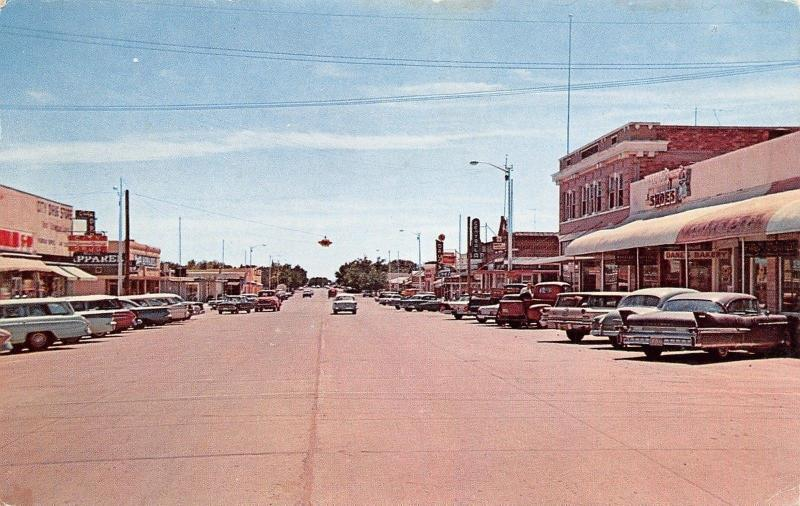 Deming New Mexico~Gold Avenue~Downtown~Dane's Bakery~Shoe Store~1950s Cars~PC