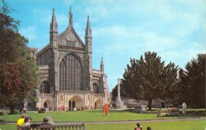 Vintage Hampshire Postcard, The West Front, Winchester Cathedral GR3