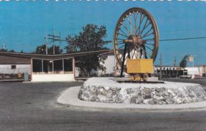 Le Bureau Touristique , VAL D'OR , Quebec , Canada , 1966