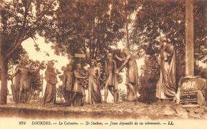 France Lourdes Le Calvaire Jesus depouille de ses vetements