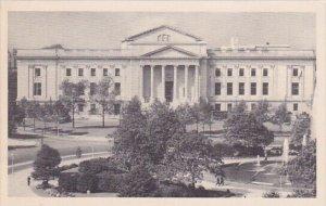 Benjamin Franklin Memorial And The Franklin Institute Philadelphia Pennsylvania