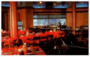Rhode Island Narragansett , Coast Guard House Restaurant , Dining Room