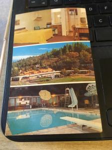 Vintage Postcard: Friendship Inn, Mother Lode Motel, Placerville CA