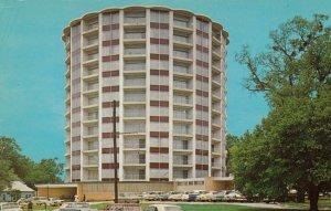 SHREVEPORT , Louisiana , 1950-60s ; The Fountain Apartment Building