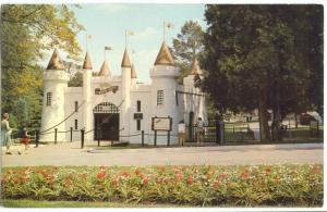 Canada, London, Ontario, Entrance Castle to Storybook Gardens, unused Postcard