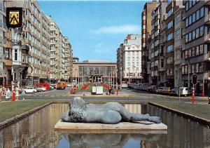 Belgium Oostende Fontein en Kursaal, Fountain and Casino Statue, Cars Voitures