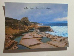 UNUSED PICTURE POSTCARD - GOZO MALTA  XWEJNI QOLLA L BAJDA  (KK1858)
