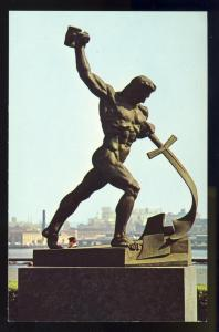 United Nations Postcard, Russian Statue, New York/NY