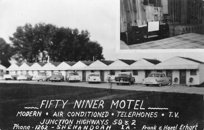 Shenandoah Iowa~Fifty Niner Motel~Inside & Out~1950s Cars~Frank Erhart Prop~RPPC