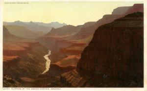 AZ - Grand Canyon National Park. Sunrise
