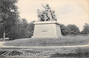 Statue, Sculpture Post Card America Monument Garfield Park, Chicago, ILL USA ...